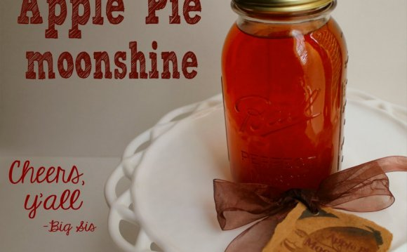 Apple Pie Moonshine - Finished
