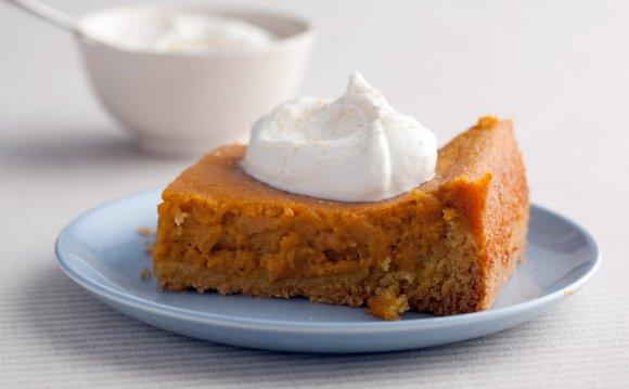 Pumpkin Gooey Butter Cakes