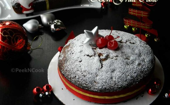 Rich Christmas Fruit Cake
