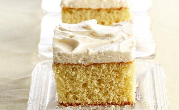 Vanilla Cake with Vanilla